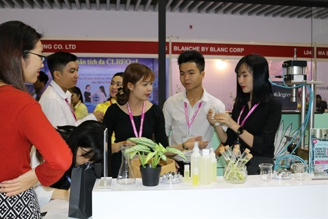 Les marques de cosmetiques internationales en force au Mekong Beauty Show 2018 hinh anh 2