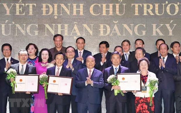 Hanoi remet des decisions et certificats d'investissement a 71 projets hinh anh 1