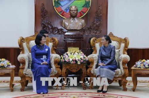 Poursuite des activites de la vice-presidente Dang Thi Ngoc Thinh au Laos hinh anh 1