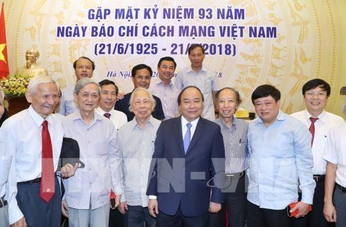 Le Premier ministre souligne le role important de la presse hinh anh 1