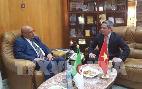 Programme de promotion du commerce et de l'investissement en Algerie hinh anh 1