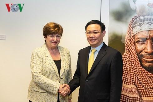 La BM et le FMI s'engagent a aider le Vietnam dans le developpement economique hinh anh 1
