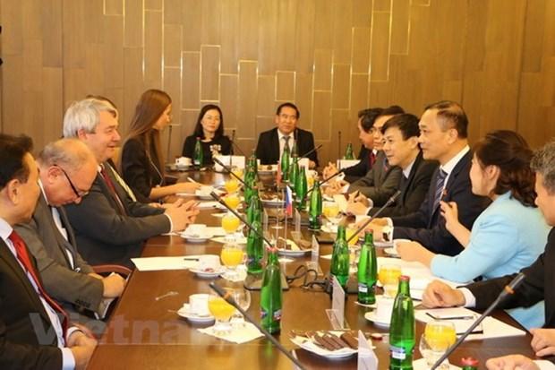 Les organes legislatifs vietnamiens et tcheques cherchent a renforcer leurs liens hinh anh 1