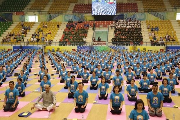 La quatrieme journee internationale du yoga celebree a Gia Lai hinh anh 1