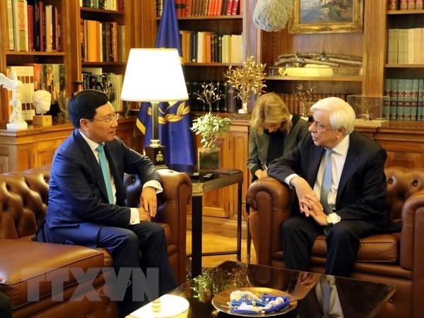 Le president grec soutient la cooperation multiforme avec le Vietnam hinh anh 1
