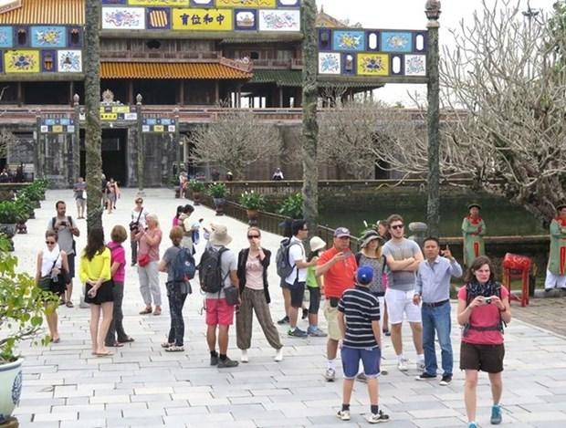 Les Sud-coreens en tete des touristes etrangers a Thua Thien-Hue hinh anh 1