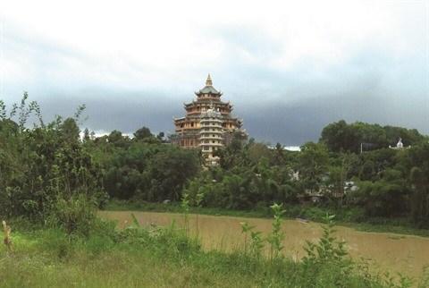 Un village des pagodes sur les Hauts Plateaux du Centre hinh anh 1