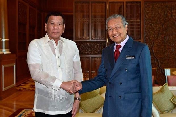 La Malaisie et les Philippines discutent des moyens de renforcer les relations bilaterales hinh anh 1