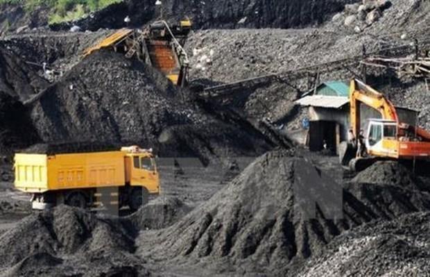 Vinacomin produit 20 millions de tonnes de charbon brut depuis janvier hinh anh 1