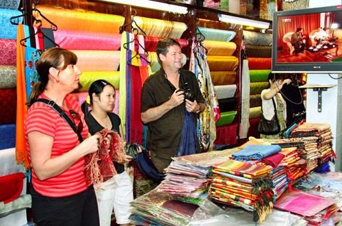 Hanoi veut donner un elan touristique a ses villages de metiers hinh anh 2