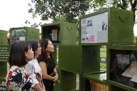 Une exposition sur les reliques de guerre a Quang Tri hinh anh 1
