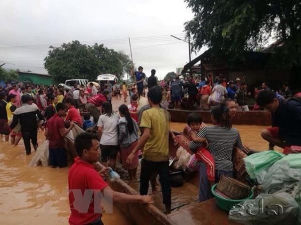 La presidente de l'AN adresse ses sympathies au Laos suite a l'effondrement du barrage hinh anh 1