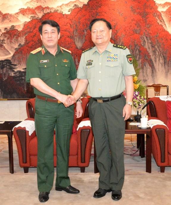 Le president du Departement general des politiques de l'Armee populaire du Vietnam en Chine hinh anh 1