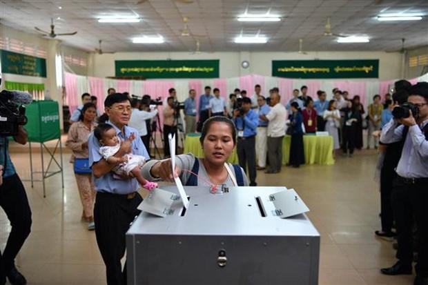Cambodge : Plus de 80% des electeurs ont participe aux 6es legislatives hinh anh 1