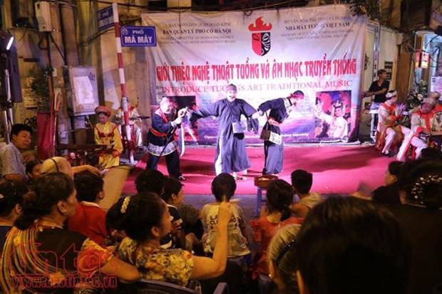 Les espaces musicaux font vibrer le vieux quartier de Hanoi hinh anh 2
