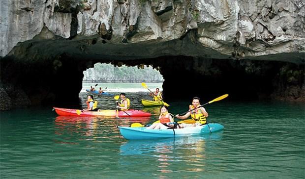 Quang Ninh met le paquet pour redorer le blason du tourisme hinh anh 2