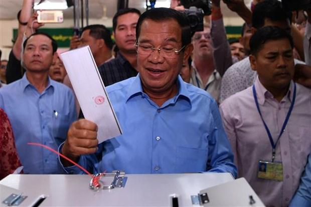 Legislatives : les electeurs cambodgiens commencent a voter hinh anh 1
