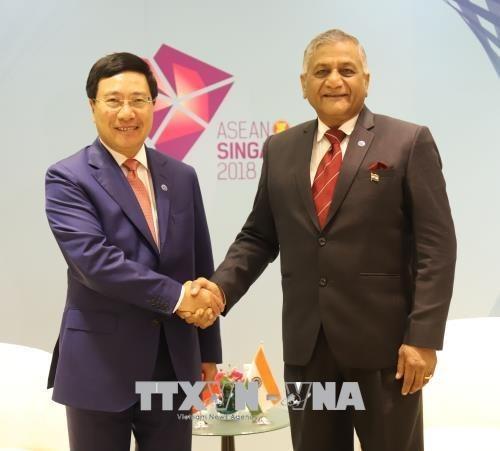 AMM 51 : Le vice-PM et ministre des AE Pham Binh Minh a des rencontres bilaterales hinh anh 1
