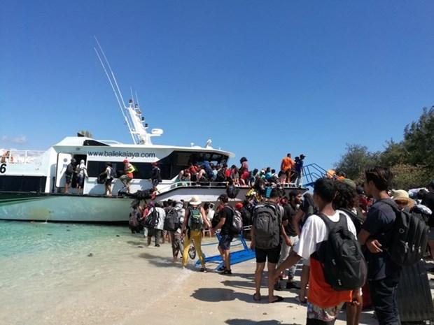 Seisme en Indonesie: 7.000 touristes etrangers evacues hinh anh 1