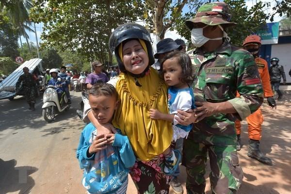 Seisme en Indonesie: 436 morts et 342 millions de dollars de degats hinh anh 1