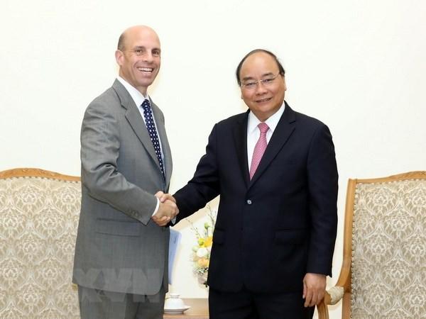 Le Premier ministre recoit des entreprises etrangeres hinh anh 1