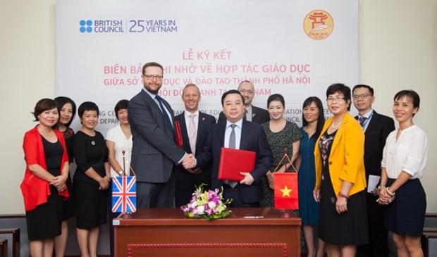 Education : renforcement de la cooperation Vietnam-Royaume-Uni hinh anh 1