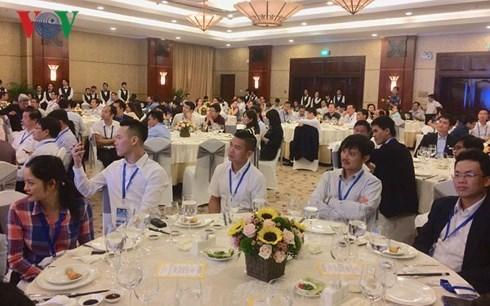 Rencontre avec une centaine d'intellectuels Viet kieu a Ho Chi Minh-Ville hinh anh 1