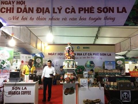 Une foire pour les produits d'indications geographiques protegees a Hanoi hinh anh 2