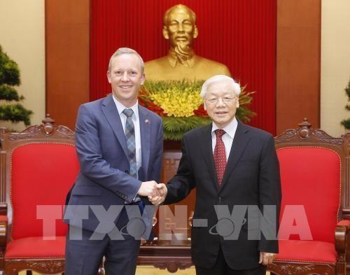 Le secretaire general du PCV recoit l'ambassadeur britannique hinh anh 1