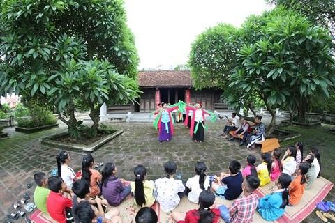 Quang Ninh : Dong Trieu, berceau du theatre populaire cheo hinh anh 1