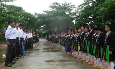 Soong Co, le chant des San Diu, donne de la voix hinh anh 1