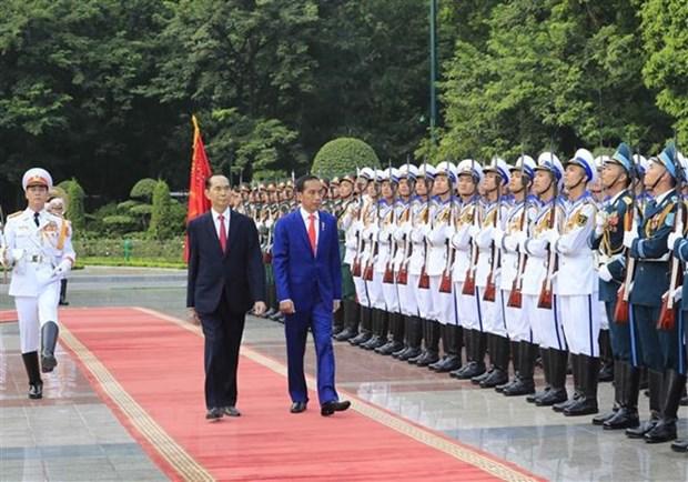 Ceremonie d'accueil en l'honneur du president indonesien Joko Widodo hinh anh 1