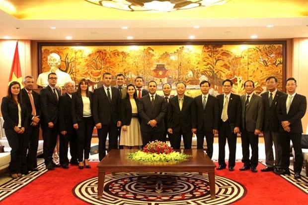 Hanoi renforce sa cooperation avec les localites bulgares hinh anh 1