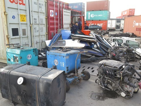Le chef du gouvernement demande de renforcer la gestion de l'importation de dechets hinh anh 1