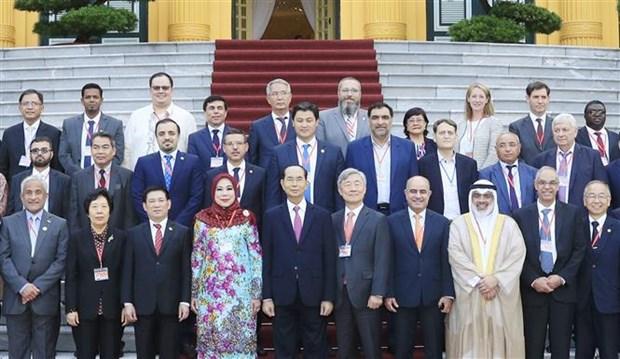 Le chef de l'Etat recoit les chefs des delegations a l'ASOSAI 14 hinh anh 1