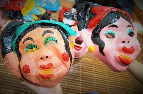 Les derniers Mohicans des masques en papier mache a Hanoi hinh anh 2