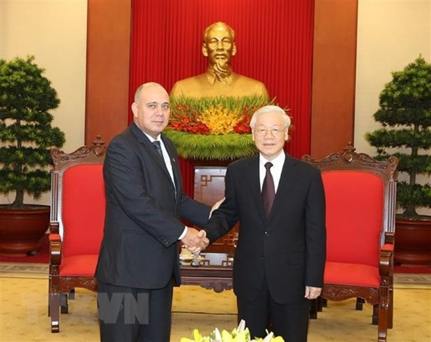 Le secretaire general Nguyen Phu Trong recoit une haute delegation cubaine hinh anh 1