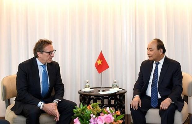 Le PM Nguyen Xuan Phuc recoit les dirigeants des entreprises americaines hinh anh 1