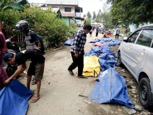 Seisme en Indonesie : Dix etudiants vietnamiens arrivent a Makassar hinh anh 1