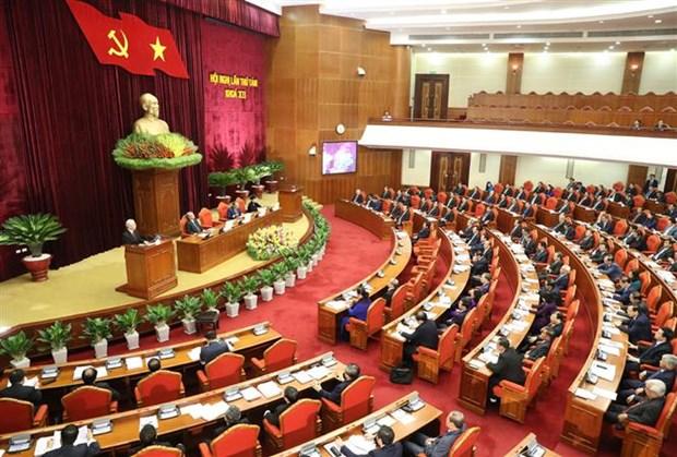 Le 8e Plenum debat du developpement socio-economique et de l'edification du PCV hinh anh 2