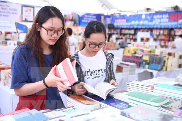 Ouverture du Salon du livre de Hanoi 2018 hinh anh 1
