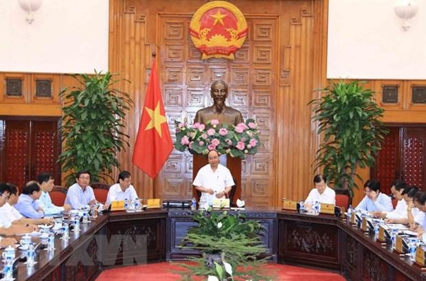 Le Premier ministre travaille avec les autorites de Ninh Thuan hinh anh 1