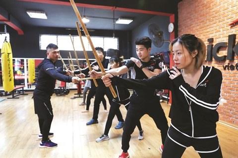 L'arnis, art martial philippin, fait de plus en plus d'adeptes au Vietnam hinh anh 2