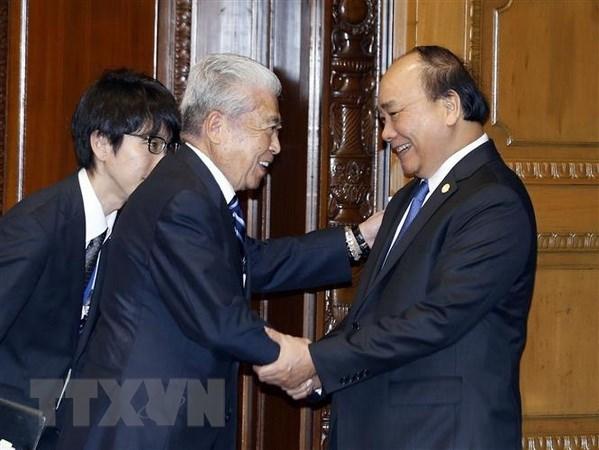 Le PM Nguyen Xuan Phuc rencontre les presidents de la Chambre des representants et du Senat du Japon hinh anh 1