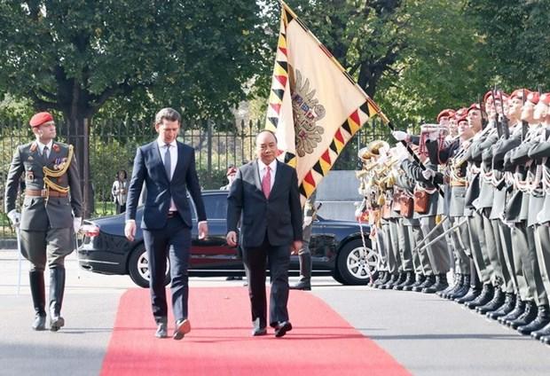 Ceremonie d'accueil officielle du Premier ministre Nguyen Xuan Phuc en Autriche hinh anh 1