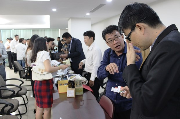 Des entreprises singapouriennes cherchent des opportunites d'investissement au Vietnam hinh anh 1