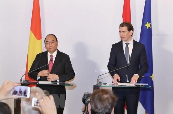 Declaration de presse conjointe Vietnam-Autriche hinh anh 1