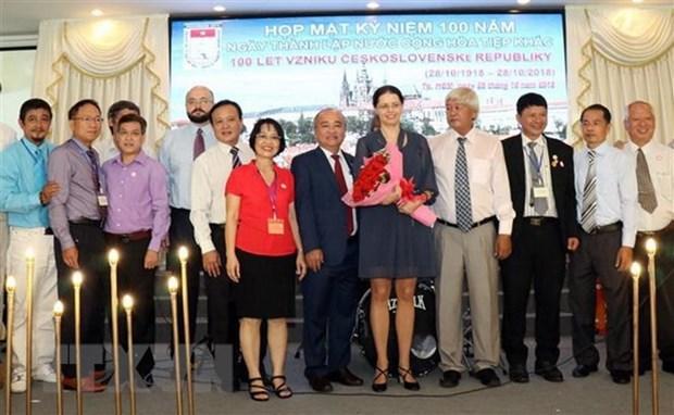 Promotion des relations d'amitie entre le Vietnam et la Republique tcheque hinh anh 1