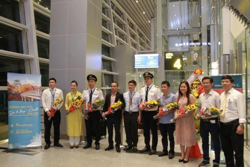 Vietnam Airlines lance une nouvelle ligne entre Da Nang et Osaka (Japon) hinh anh 1