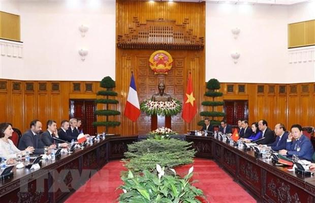Le Vietnam et la France soulignent leur determination a promouvoir le partenariat strategique hinh anh 1